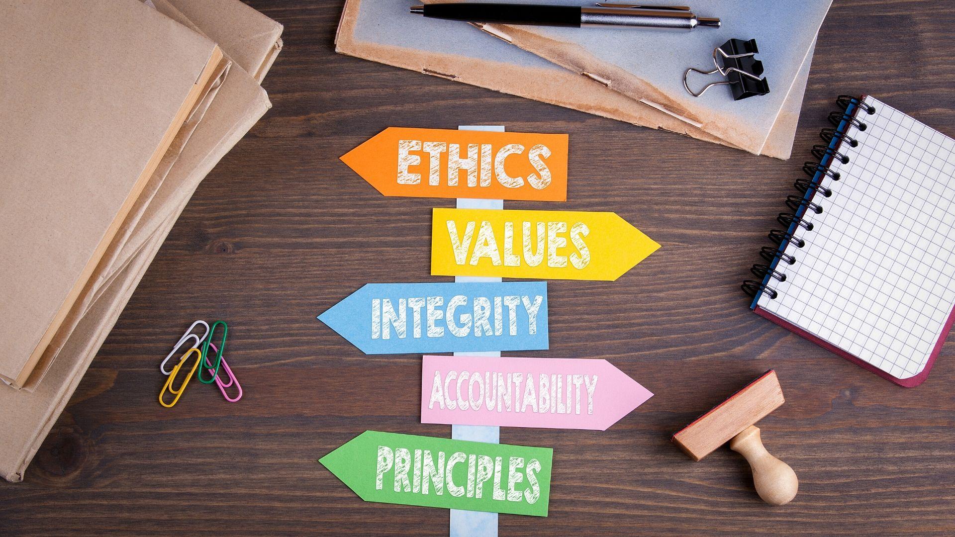 Mike Robertson Associates - Environmental, Social and Governance (ESG)  Investing